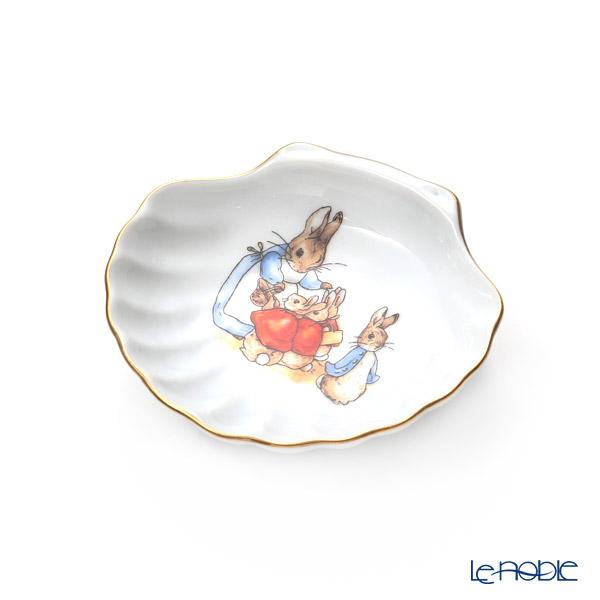 Reutter Porzellan 'Beatrix Potter Classic - Peter Rabbit Family' 060.129/0 Shell Tray
