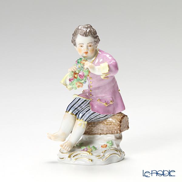 マイセン(Meissen) マイセン人形 900300/60328リースを持つ少年 13cm
