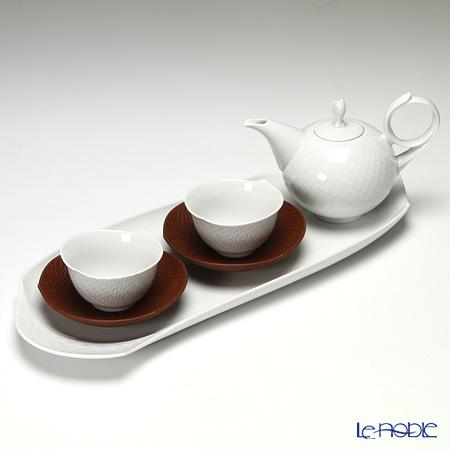 マイセン(Meissen) 波の戯れホワイト 000001/c2925 2人用 日本茶セット(ベットガーセッ器ソーサー 2客&トレイ付 7ピース)