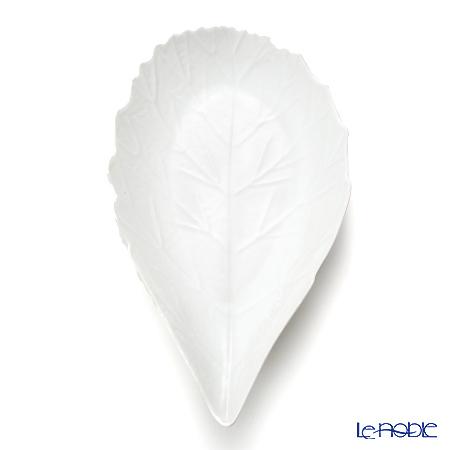 Jacques Pergay / Limoges 'Aubepine / Leaf' JP3001APWH Dessert Plate 30.5x17cm (M)