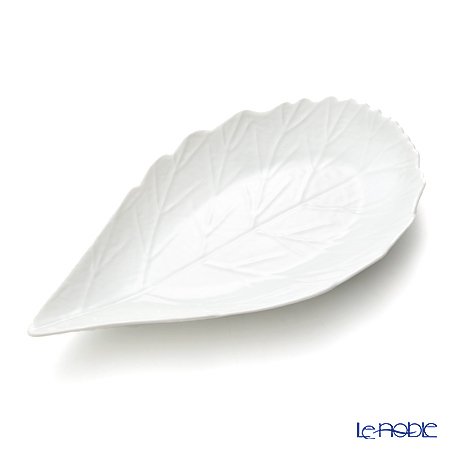 Jacques Pergay (Limoges) Aubepine Dessert Plate, M JP3001APWH