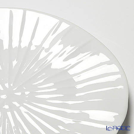 Jacques Pergay (Limoges) Lotus Dining plate JP2701LOWH