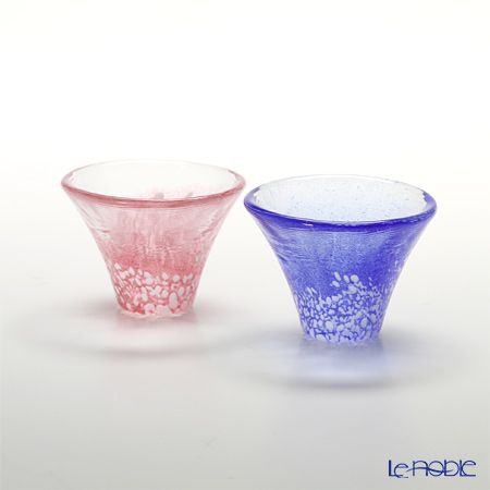 Toyo Sasaki Glass 'Sho Fuku Hai (Mt. Fuji)' Blue / Pink & Gold foil Cold Sake Cup 35ml (set of 2 colors with wooden box) G635-T72 东洋佐佐木玻璃 '招福杯 富士山' 青&红色 冷酒杯 (2件套)【带木盒】
