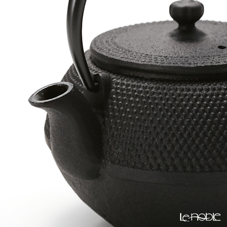 Oigen Cast Iron / Nanbu Ironware 'Maromi Arare' E-110-S Tea Pot 350ml (S)