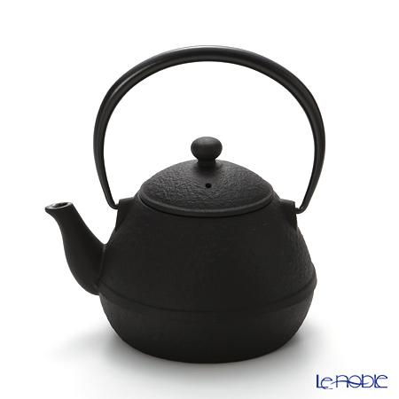 Oigen, Nambu Tetsubin (Nambu Iron Teapot) Egg shape, enamel coated inside teapot E-139 0.6L