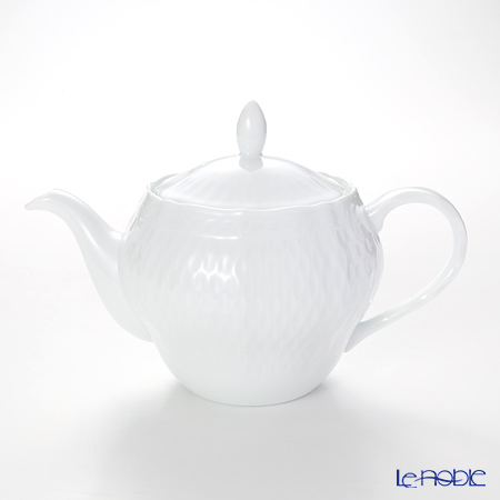 Noritake 'Cher Blanc' T94863/1655 Tea Pot 1120ml