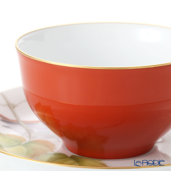 大倉陶園 碗皿暦 1C/E221カップ&ソーサー 11月・山葡萄と駒鳥