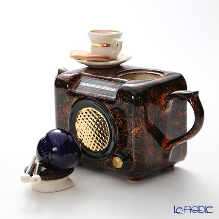 Teapottery Radio Teapot, brown M