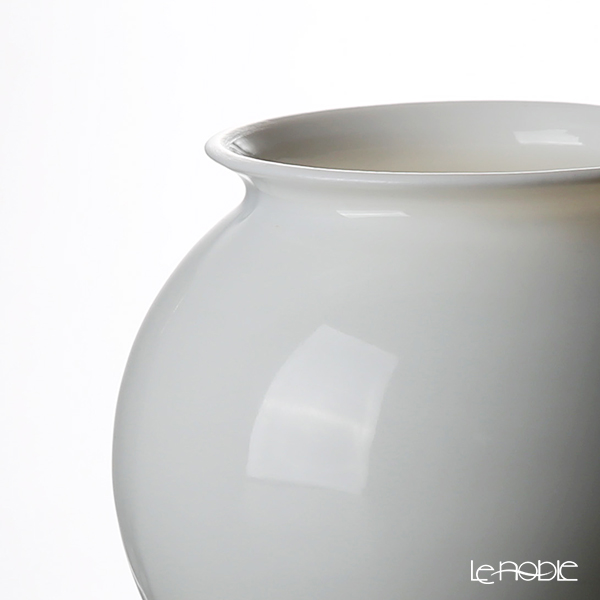 GLASSBACCA × Philippe Jamese 'Tencho - Porcelain' Swirling Sake Cup 200ml with Wooden Coaster