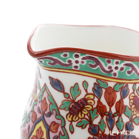 Pinsuwan Benjarong 'Benjamas Flower' White Red Creamer