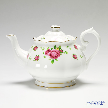 Royal Albert New Country Roses - White Vintage Teapot 1.25 ltr NCRWTW25817
