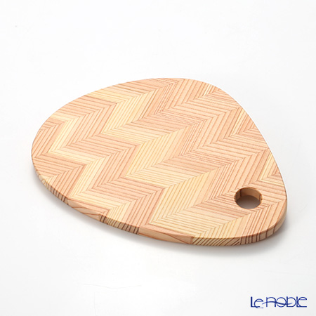 YUI TABLE WEAR ユイテーブルウェア(岐恵木工・吉田)カッティングボード トライアングル