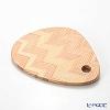 Yui Tableware Triangle Cutting Board