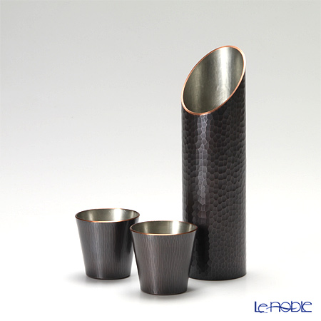 Tsubame Tuiki Copperware 'Hammer Mark' Dark Brown Cu-B-3/S-10 Sake Cup & Bottle (set of 3 for 2 persons)