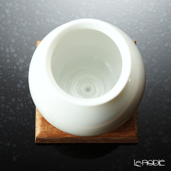 GLASSBACCA × Philippe Jamese 'Tencho - Porcelain' Swirling Sake Cup 200ml with Wooden Coaster (set of 2)