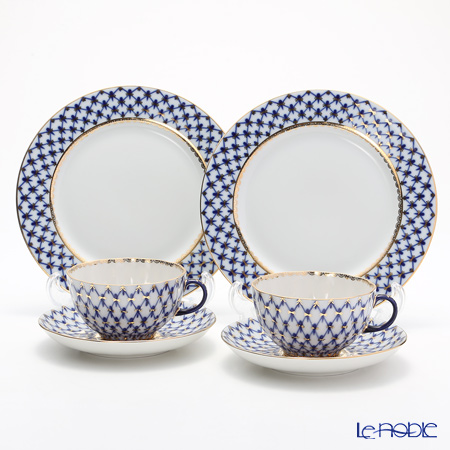 Imperial Porcelain / Lomonosov 'Cobalt Net Blue - Tulip & European' Tea Cup & Saucer, Plate (set of 4 for 2 persons)