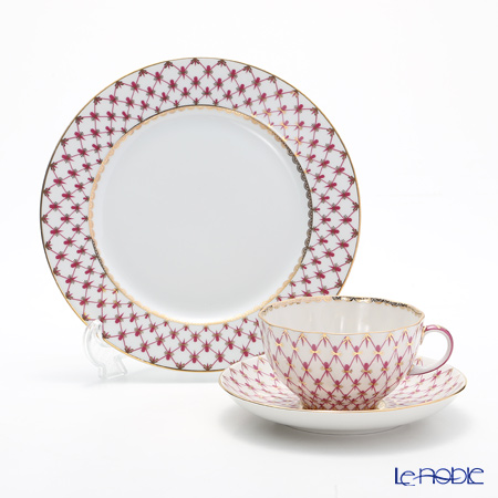 Imperial Porcelain / Lomonosov 'Net Blues Pink - Tulip & European' Tea Cup & Saucer, Plate (set of 2 for 1 person)