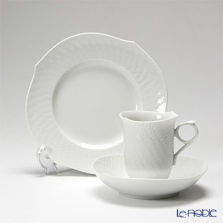 マイセン(Meissen) 波の戯れホワイト トリオセット(コーヒー)