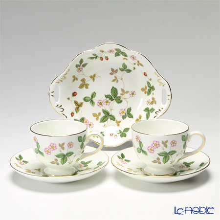 Wedgwood Wild Strawberry Windsor Plate and Leigh Teacup & Saucer