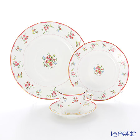 Wedgwood Floret Plate 20cm, 27 cm and Leigh Teacup & Saucer