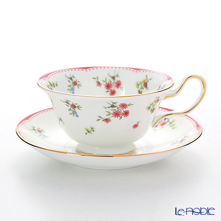 Wedgwood Floret Plate 20 cm and Peony Teacup & Saucer