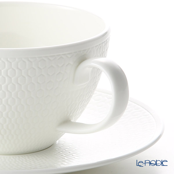 Wedgwood 'Gio' Tea Cup & Saucer, Plate (set of 4 for 2 persons)