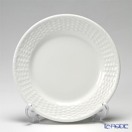 Wedgwood Nantucket Basket Plate 21 cm, Open vegetable dish, and Stacking bowl 15 cm & 20 cm for 2 person