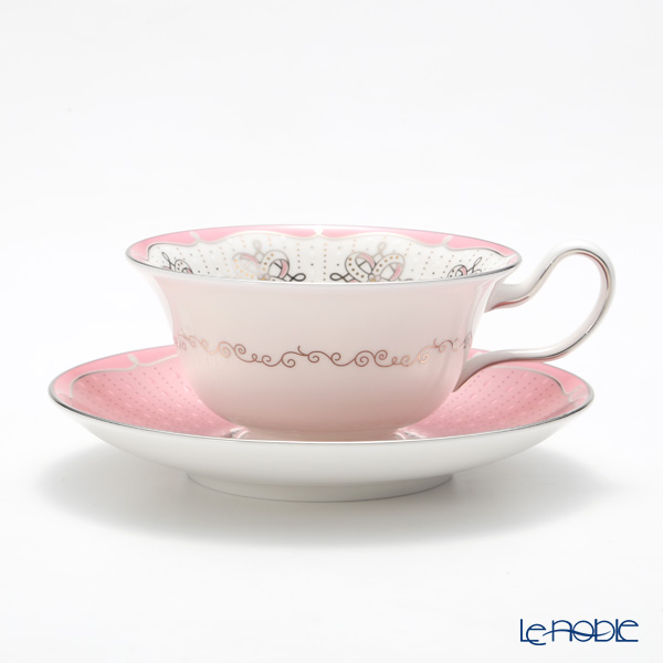 Wedgwood Psyche & Psyche Rose Set of Peony Teacup & Saucer with gift boxed