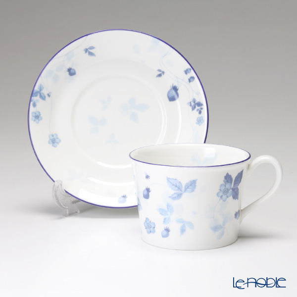 Wedgwood Strawberry Blue Delphi shape Tea Cup & Saucer (set of 2pcs with brand box)