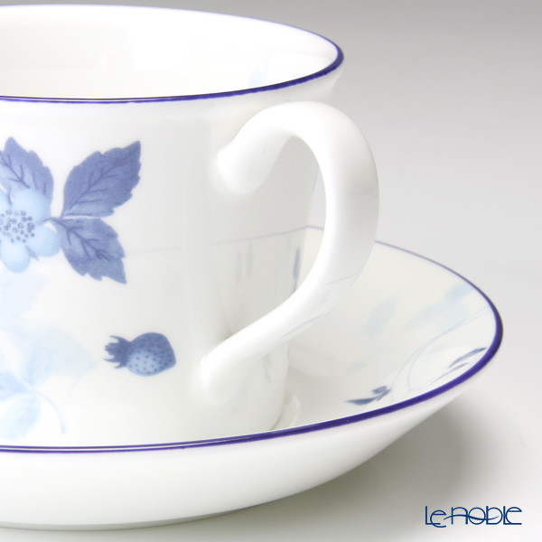 Strawberry blue Wedgwood (Wedgwood) Tea Cup & Saucer (Delphi) paired with brand