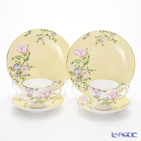 Wedgwood Sweet Plum Damask Plate 20 cm and Leigh Teacup & Saucer set for 2