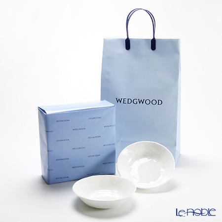 【ネット店限定販売】ウェッジウッド(Wedgwood) ストロベリー&バインサラダソーサー 18cm ペア 【ブランドボックス&ラッピング&紙袋付】
