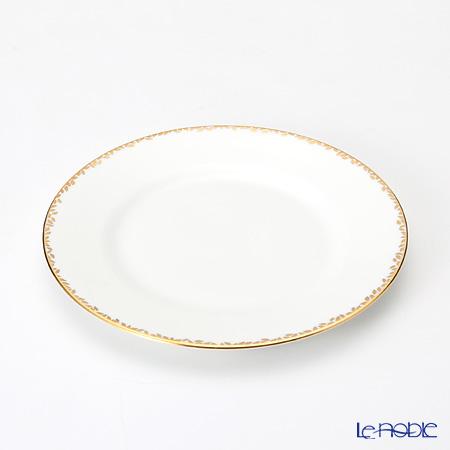 Wedgwood Vera Wang - Gilded Leaf Salad Plate and Teacup & Saucer