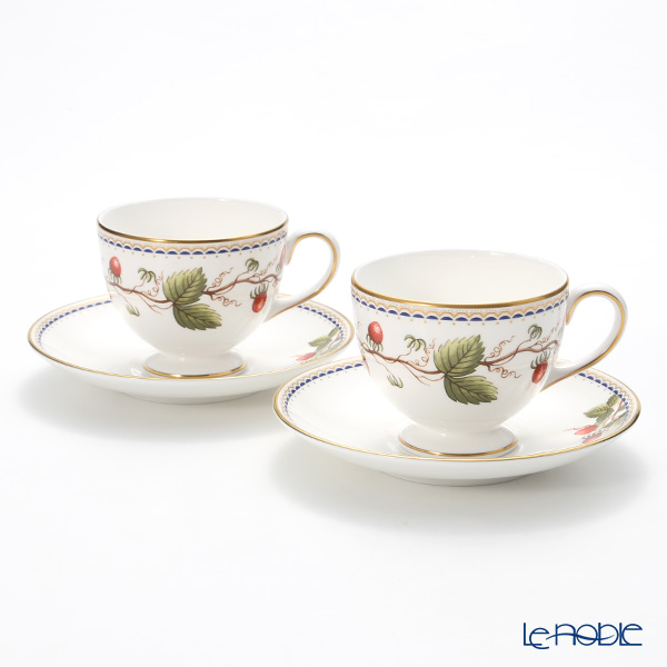 Wedgwood Wild Strawberry Archive Leigh Teacup & Saucer set of 2 with box