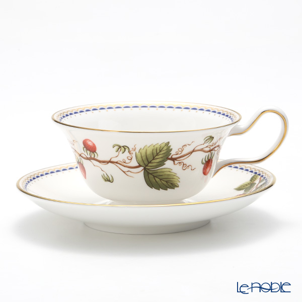 Wedgwood 'Wild Strawberry Archive' Peony Tea Cup & Saucer 200ml (set of 2)