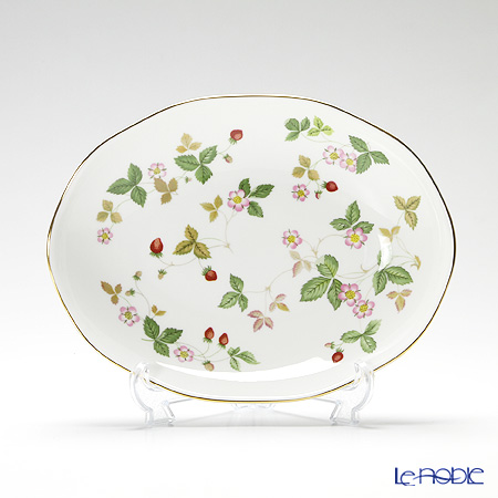 Wedgwood Wild Strawberry Oval Dish 25 cm with gift box